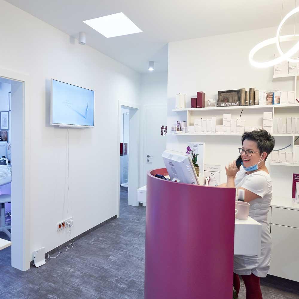 Kosmetikstudio Jusytna Empfang